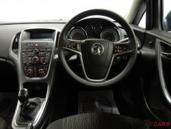 Vauxhall/Opel Astra 1.7CDTi ecoFLEX (s/s) Exclusive – FREE ROAD TAX!