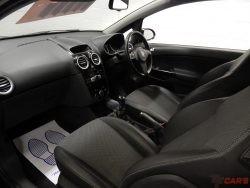 Vauxhall/Opel Corsa 1.4i ( a/c ) Design